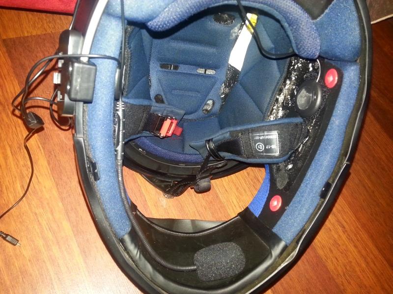Zestaw Głośnom 243 Wiący Bluetooth Do Kasku Motowariot